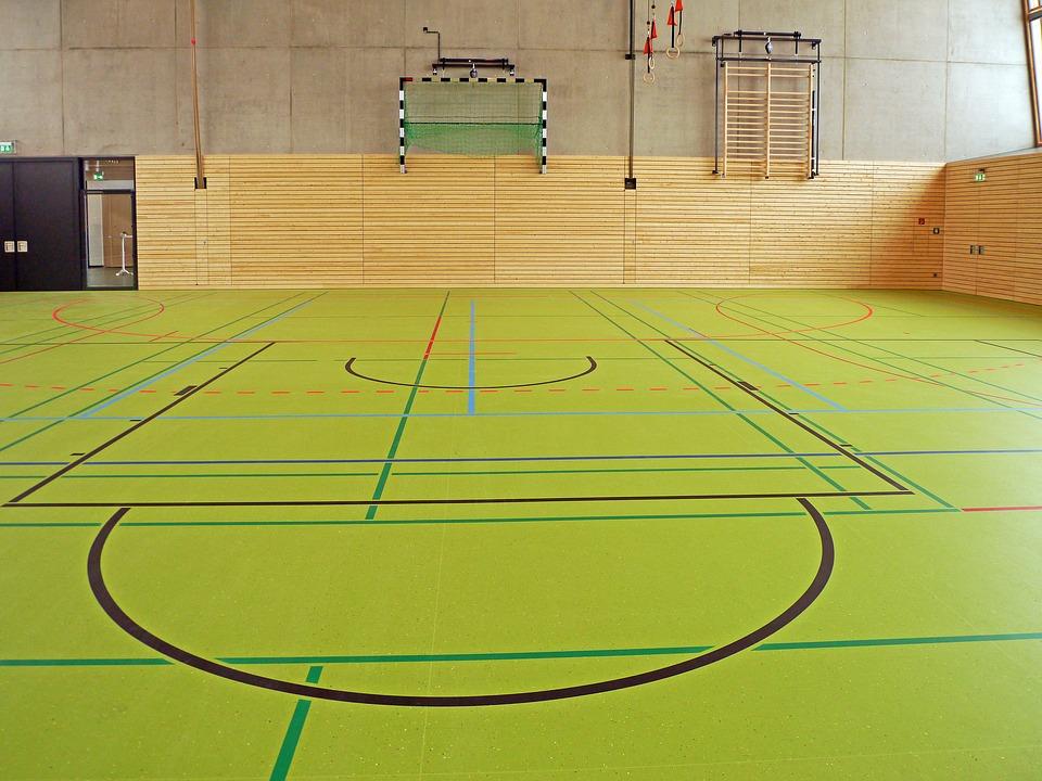 podłogi sportowe do hali