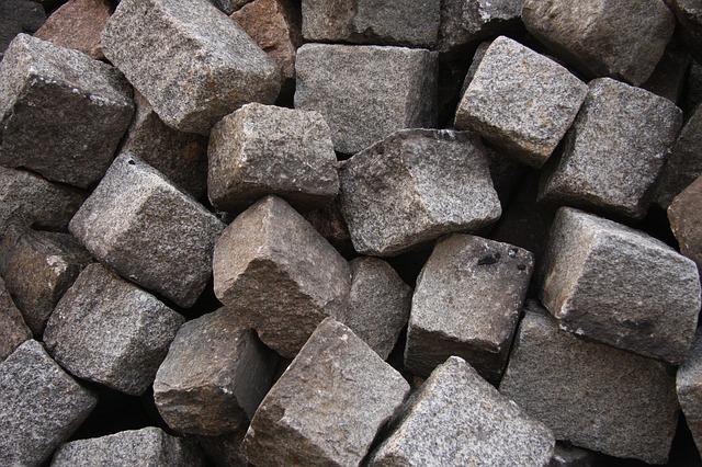 układanie kostki granitowej pod altanę